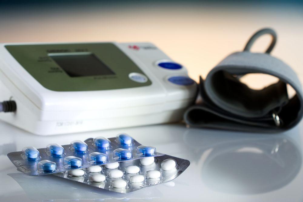 merevedés és alacsony vérnyomás