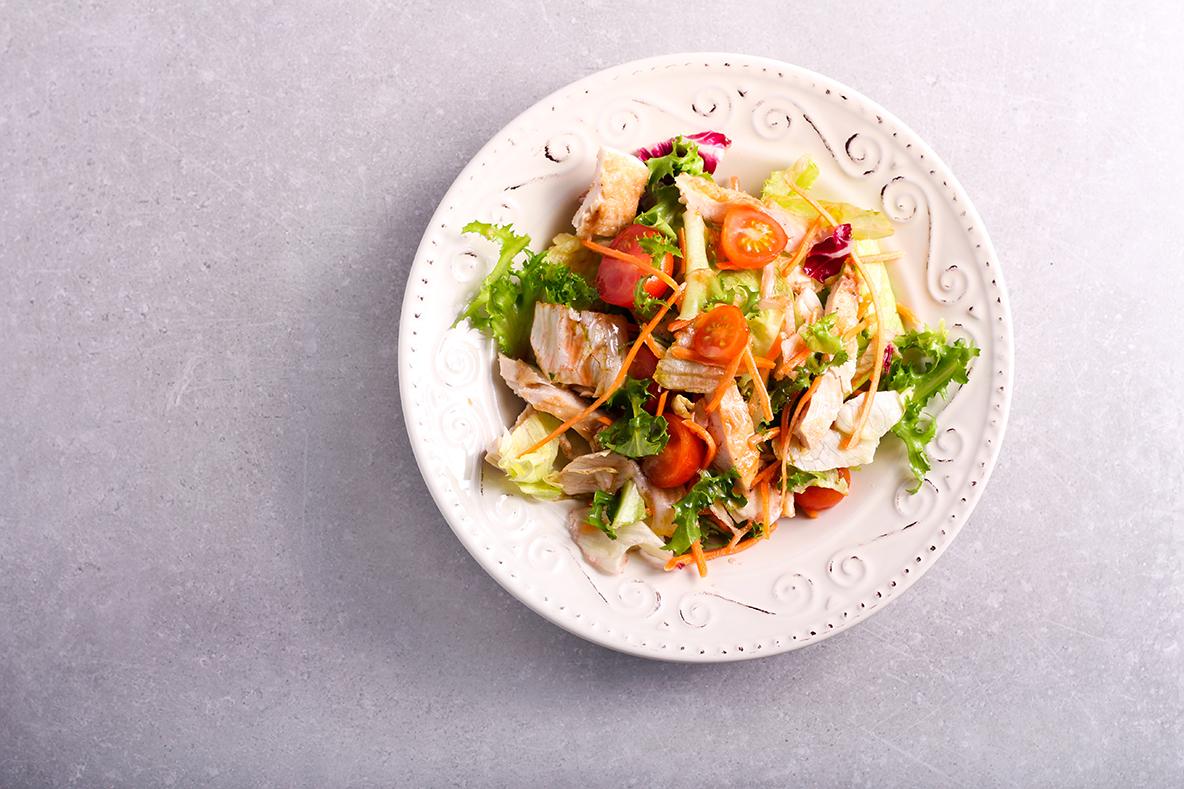 Joghurtos uborka saláta almával recept