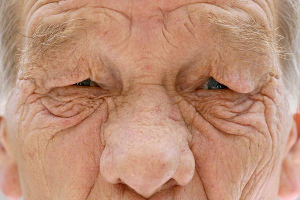 hány éves nő a pénisz a férfiaknál)