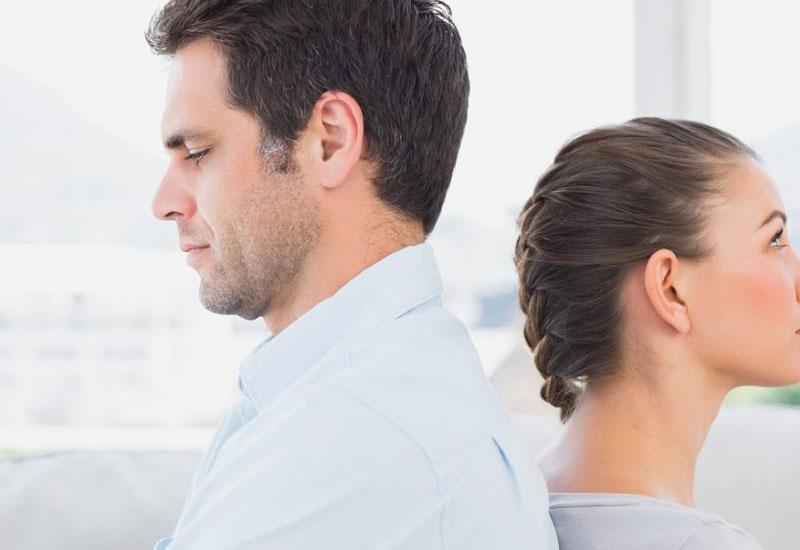 Merevedési zavar – Megoldások egy kínos problémára | Az online férfimagazin