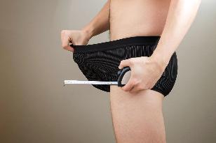Gumihoz: péniszvonalzó a pontos méretért - Dívány