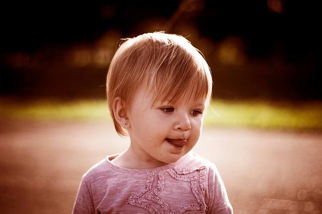 merevedés egy 3 éves fiúnál