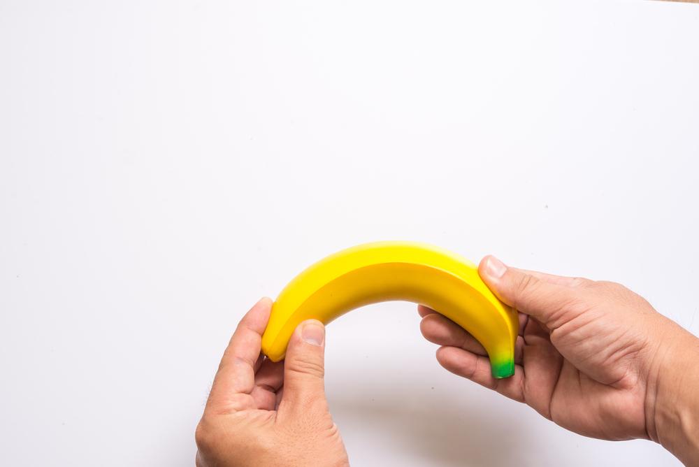a pénisz egyenesen ívelt